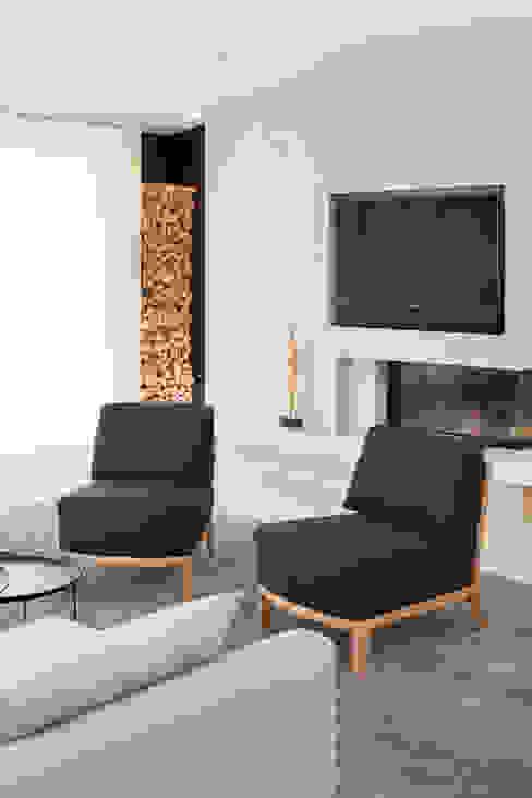 Wohnhaus München Moderne Wohnzimmer von GABRIELA RAIBLE® INNENARCHITEKTUR Modern