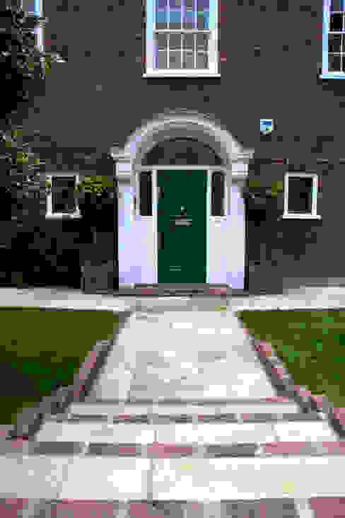 Front Garden Dessign West London โดย Earth Designs คลาสสิค หินทราย