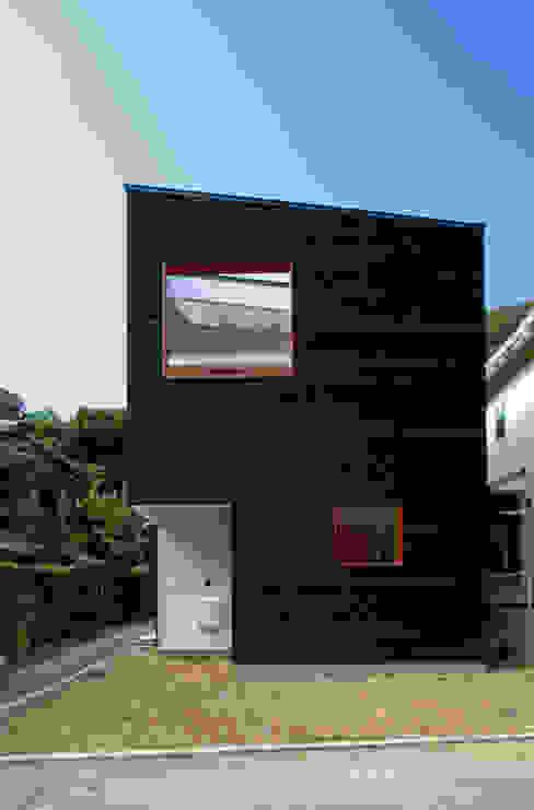 Houses by 向山建築設計事務所,