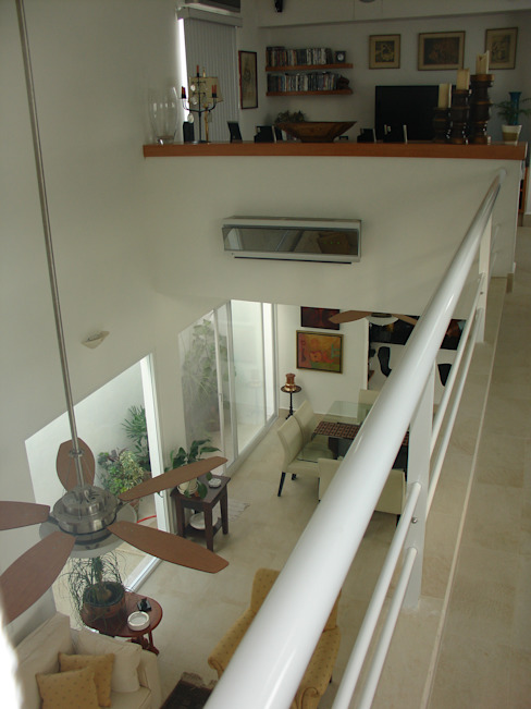 Casa habitacion en en Cozumel Quintana Roo: Pasillos y recibidores de estilo  por A2 HOMES SA DE CV, Minimalista