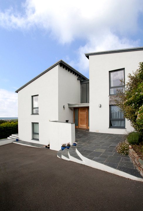Trevanion, Bude, Cornwall Modern houses by The Bazeley Partnership Modern