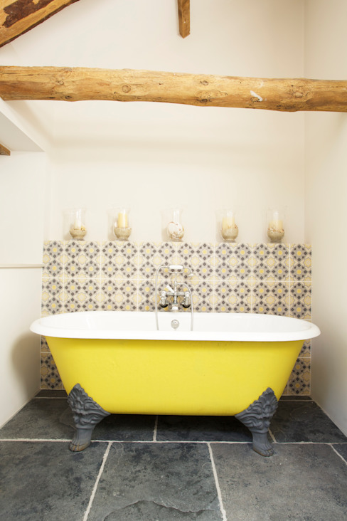 Yellow Bathtub Woodford Architecture and Interiors Country style bathroom Iron/Steel Yellow