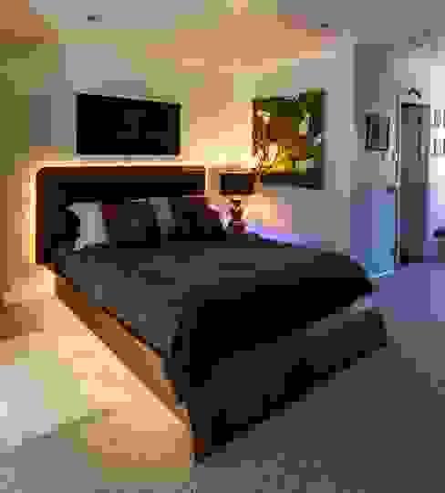 Chiswick Quay Modern Yatak Odası Rousseau Modern