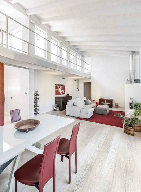 Ruang Keluarga by Emmeti Srl
