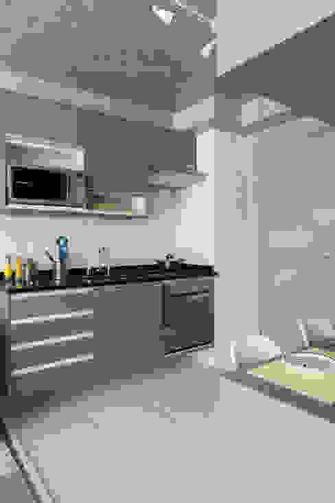 Кухни в . Автор – SESSO & DALANEZI, Модерн