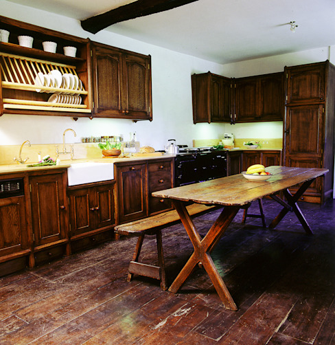 Heinz Dark Oak Kitchen designed and made by Tim Wood Eclectic style kitchen by Tim Wood Limited Eclectic Wood Wood effect