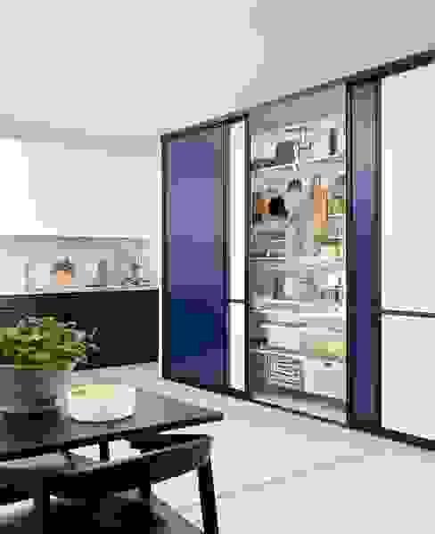 Elfa Deutschland GmbH Cocinas de estilo moderno Azul