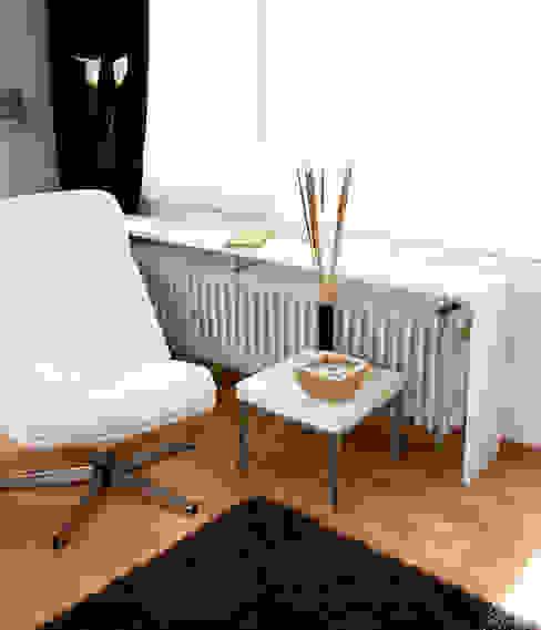auf die lange Bank geschoben... Moderne Wohnzimmer von Raumagentur - ArteFakt Modern
