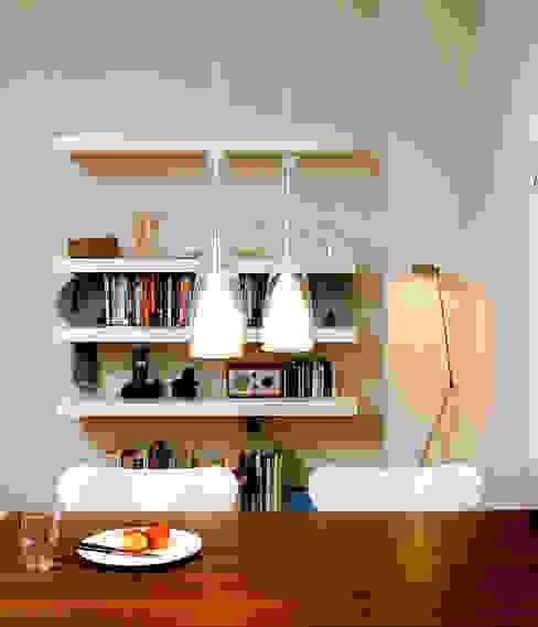 Vorsprünge Moderne Wohnzimmer von Raumagentur - ArteFakt Modern