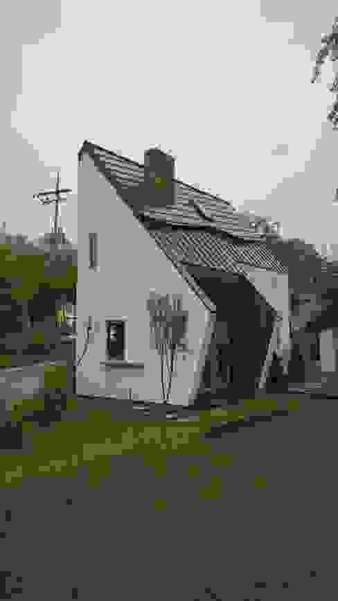 Дома в стиле модерн от 건축사사무소 스무숲 Модерн