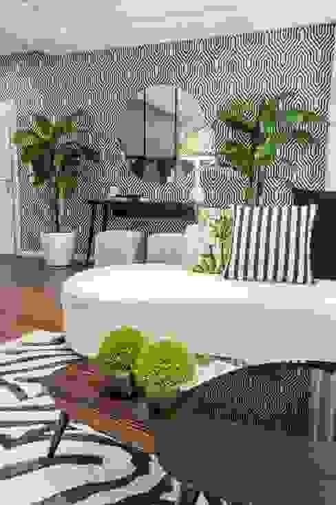 de style tropical par Movelvivo Interiores, Tropical