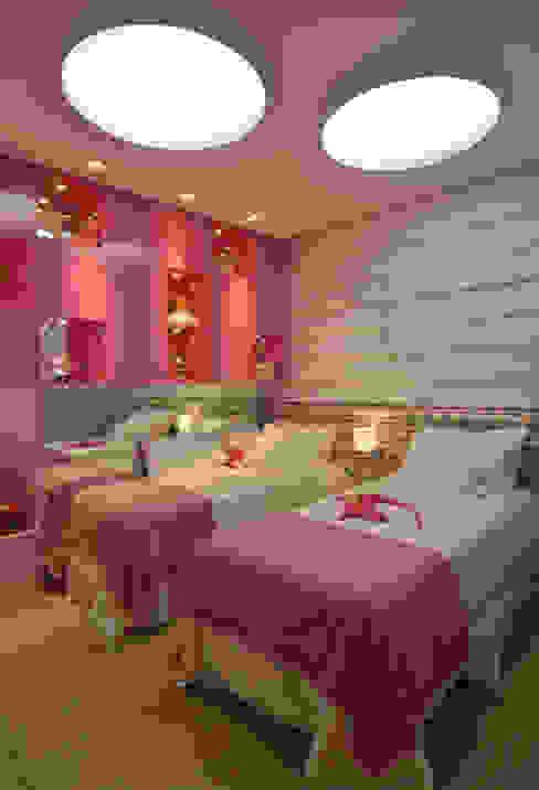 Apartamento Itacorubi Gran Classic 1: Quarto infantil  por ANNA MAYA ARQUITETURA E ARTE