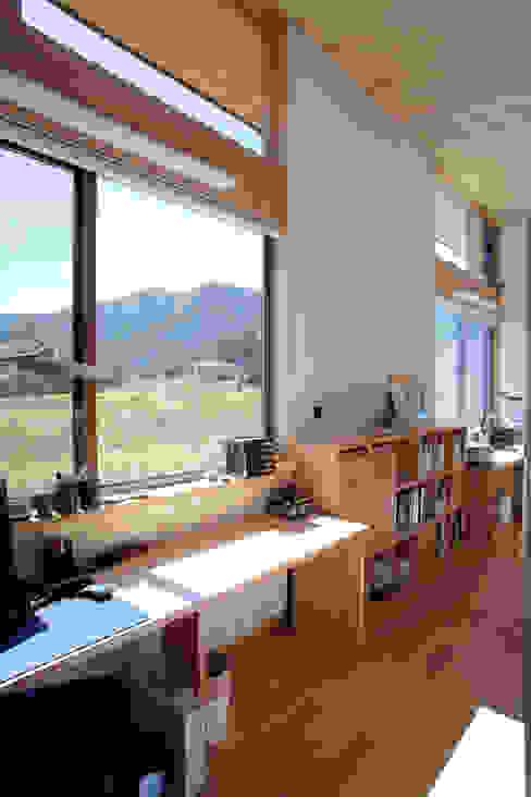 尾日向辰文建築設計事務所의  서재 & 사무실, 에클레틱 (Eclectic)