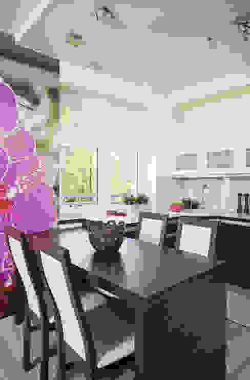 Кухня в стиле модерн от ARTEMA PRACOWANIA ARCHITEKTURY WNĘTRZ Модерн