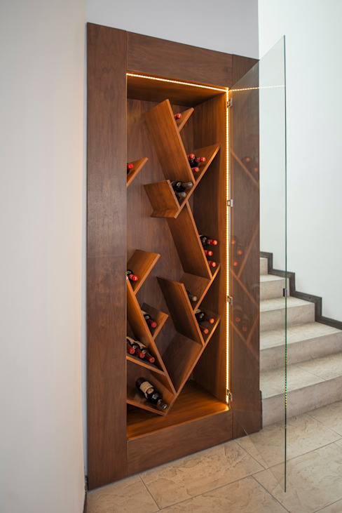 Modern wine cellar by ESTUDIO TANGUMA Modern Wood Wood effect