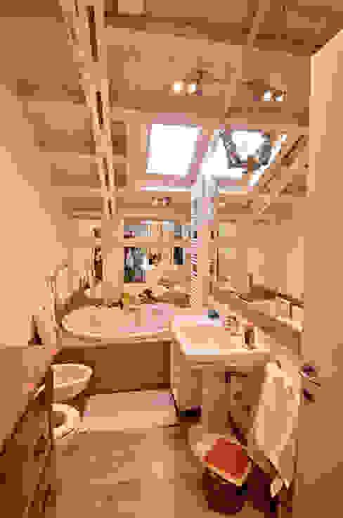 Moderne Badezimmer von VITTORIO GARATTI ARCHITETTO Modern