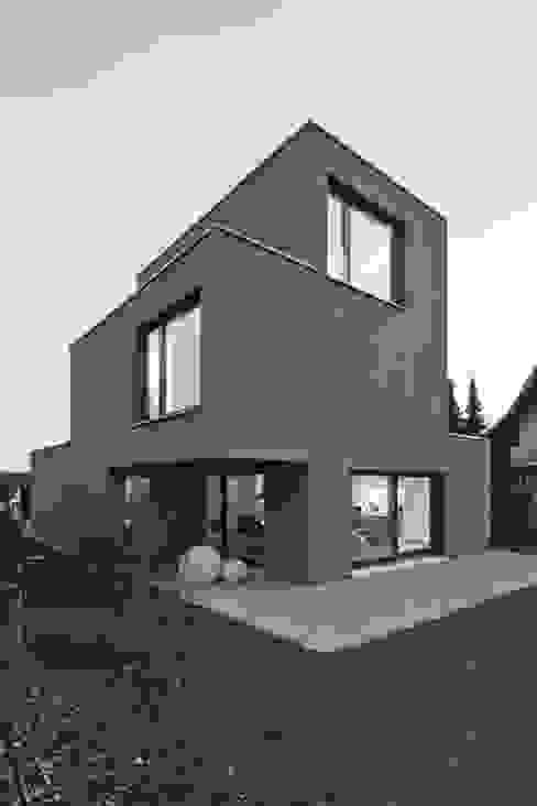 من phalt Architekten AG حداثي
