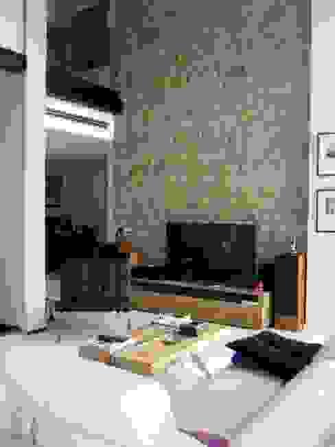 Vivienda Campo Golf en la isla de Gran Canaria Salones de estilo moderno de MIRTA CASTIGNANI ARQUITECTA Moderno