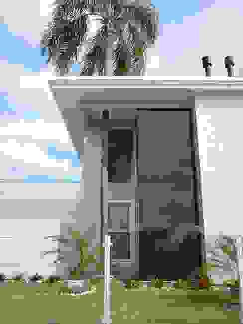 Residência Jardim Anchieta Casas clássicas por ANNA MAYA ARQUITETURA E ARTE Clássico Vidro