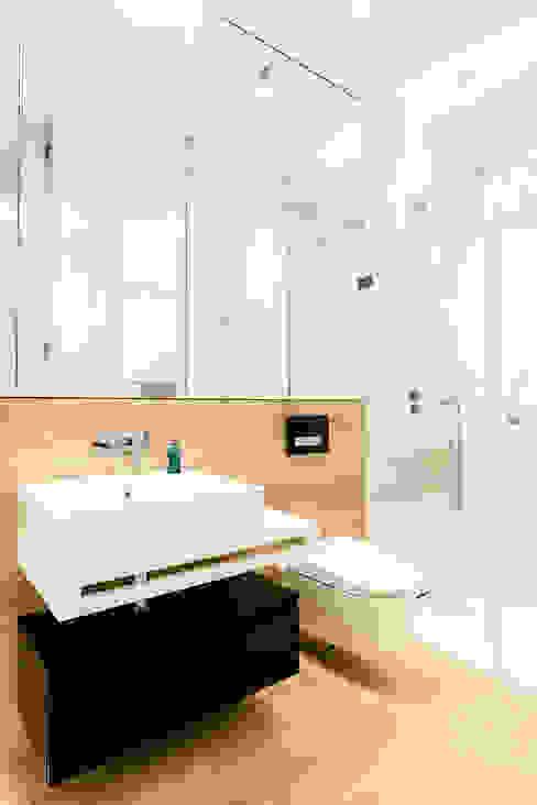 Modern bathroom by Anna Maria Sokołowska Architektura Wnętrz Modern