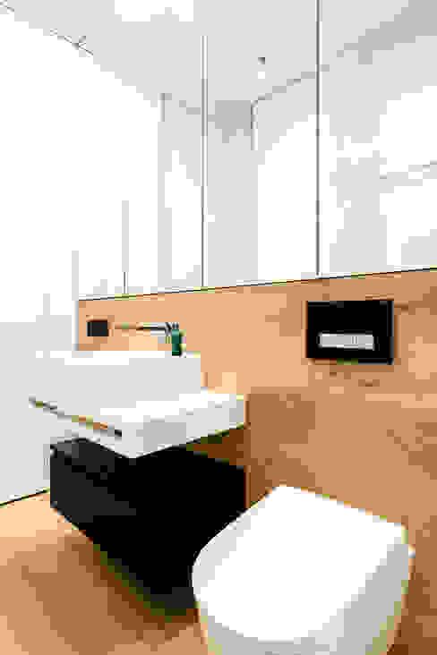 모던스타일 욕실 by Anna Maria Sokołowska Architektura Wnętrz 모던