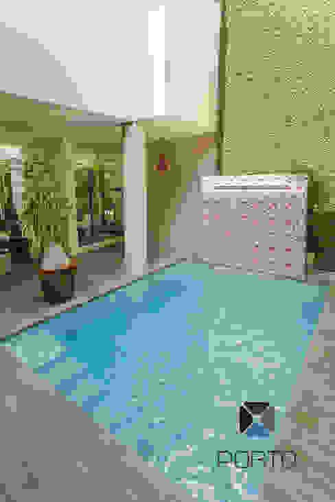 泳池 by PORTO Arquitectura + Diseño de Interiores, 隨意取材風