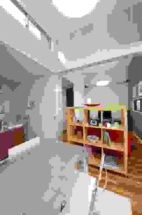 atelier shige architects /アトリエシゲ一級建築士事務所의  다이닝 룸, 모던 우드 우드 그레인