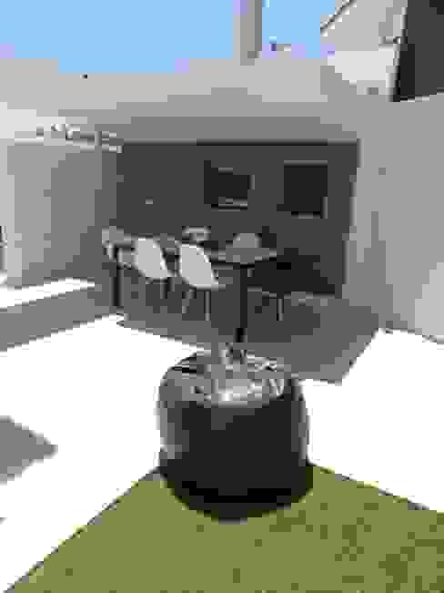 MORADIA PARK: Jardins  por ARQAMA - Arquitetura e Design Lda,