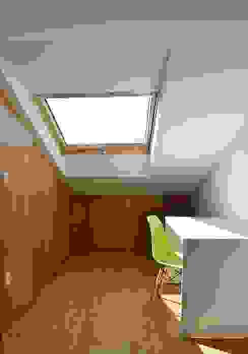 ミニマルデザインの 書斎 の M2BT ミニマル