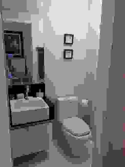Baños de estilo  por SD arquitetura & Interiores