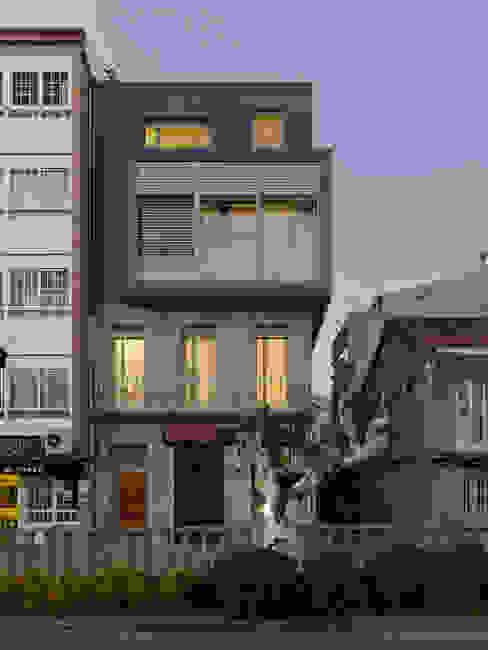 rodríguez + pintos arquitectos Modern Houses