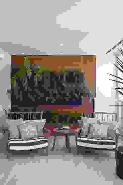 Apartamento Higienópolis 2 Varandas, alpendres e terraços modernos por Marcelo Rosset Arquitetura Moderno