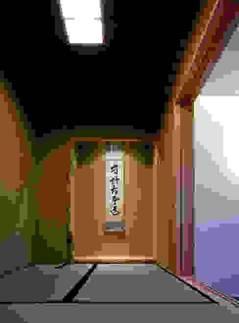 saijo house 和風デザインの 多目的室 の 髙岡建築研究室 和風 木 木目調