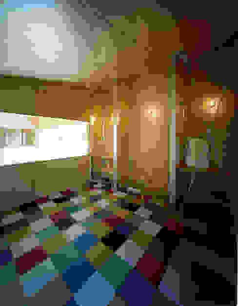 Dormitorios de estilo  por Guen BERTHEAU-SUZUKI  Co.,Ltd. , Moderno