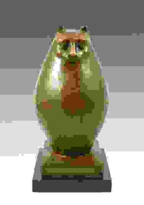 Modern Sculpture- Big chubby cat- signed, Botero: modern  by Kunst & Ambiente - Bronzefiguren / Skulpturen Manufaktur, Modern Copper/Bronze/Brass