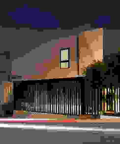 Maisons de style  par LGZ Taller de arquitectura, Moderne Métal