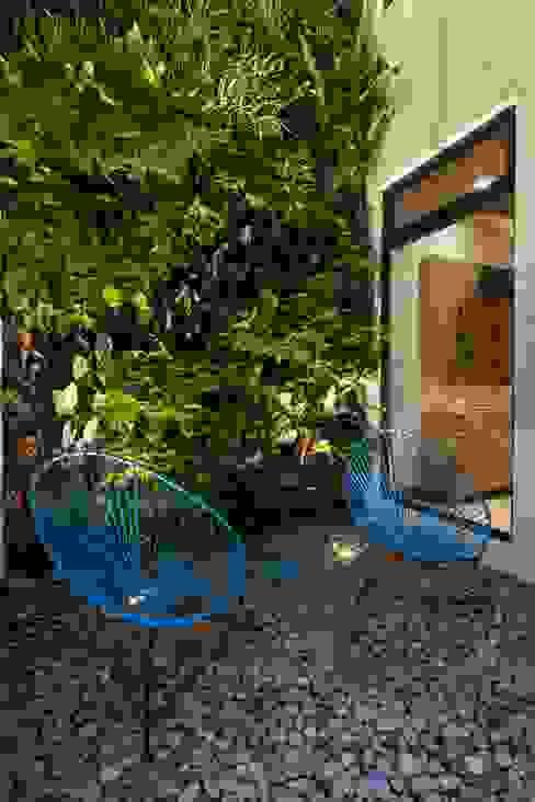 Jardines de estilo  por LGZ Taller de arquitectura, Moderno Piedra