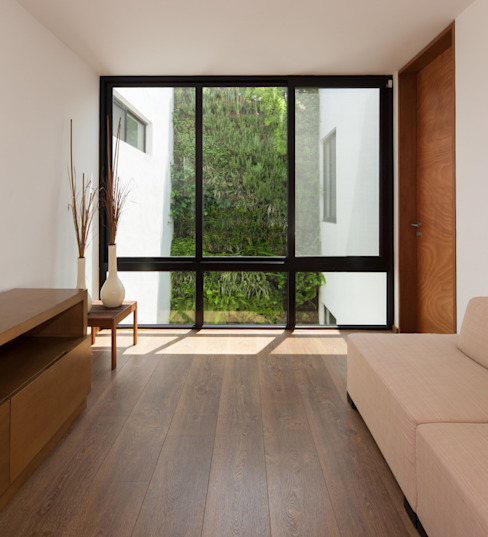 Living room by LGZ Taller de arquitectura, Modern Engineered Wood Transparent