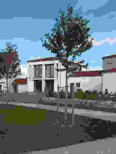 Casas eclécticas de Johannes Ruscheinsky Architekt Ecléctico