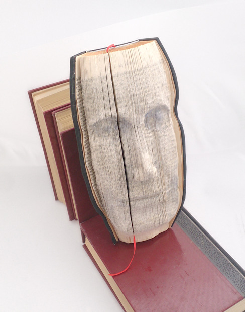 Face Relief Portrait made of altered book Atelier Christine Rozina Eklektik