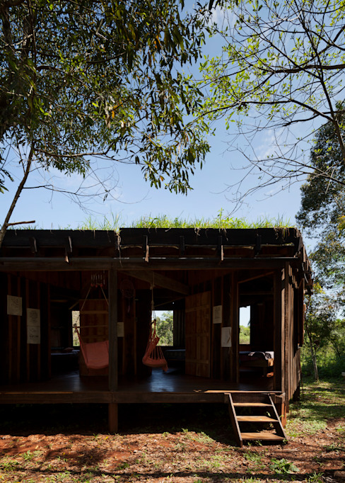 Country style living room by IR arquitectura Country Solid Wood Multicolored