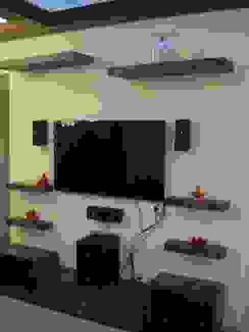 TV unit Modern living room by Global Associiates Modern