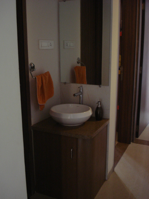 3bhk Residential Flat at Dhanori Modern corridor, hallway & stairs by DS DESIGN STUDIO Modern