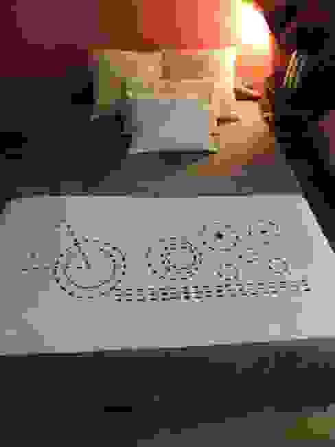 """Plaid """"bout de lit"""" très décoratif par Lin Dentelle Moderne Lin Rose"""