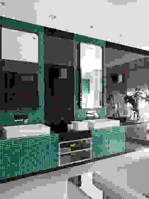 SA&V - SAARANHA&VASCONCELOS Ванна кімната