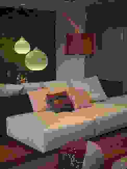 Moradia de férias M+PR Salas de estar modernas por Space Invaders _ Arquitectura e Design Moderno