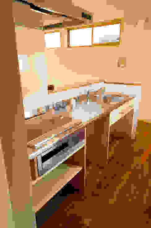 造作キッチン: 株式会社山口工務店が手掛けたキッチンです。
