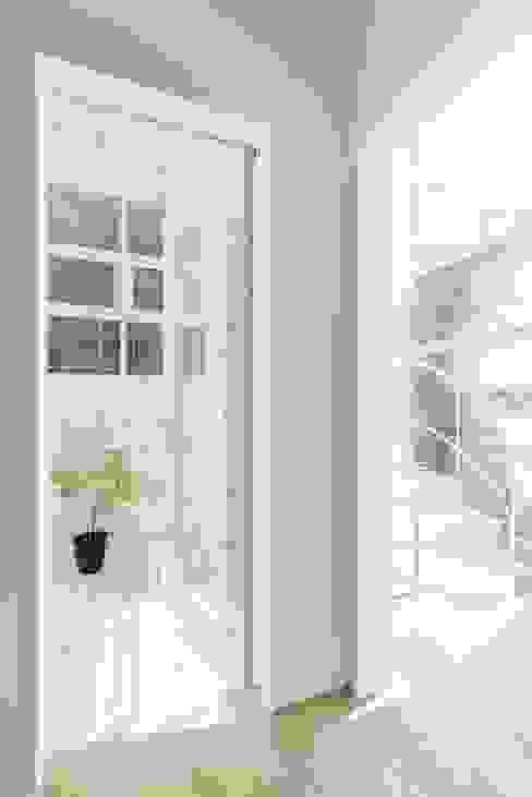 Bedroom by ディンプル建築設計事務所