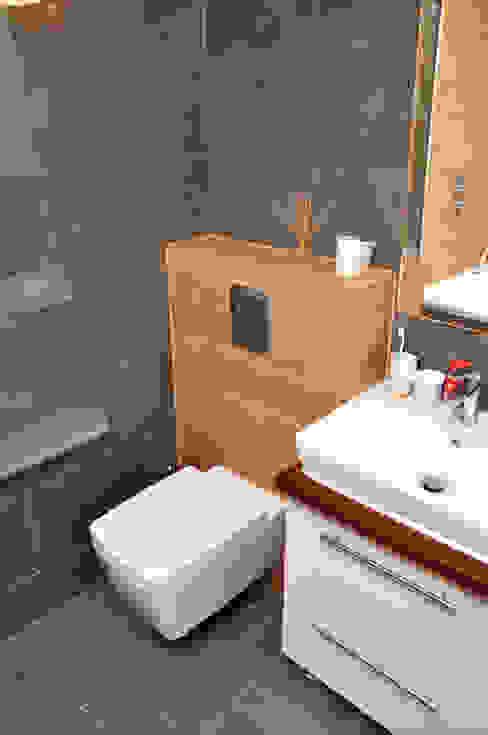 Mieszkanie 55m2 na Osiedlu pod Wierzbami w Dąbrowie Górniczej Nowoczesna łazienka od Ale design Grzegorz Grzywacz Nowoczesny