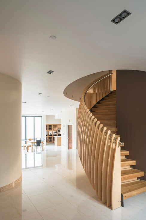Princes Way Modern corridor, hallway & stairs by Frost Architects Ltd Modern